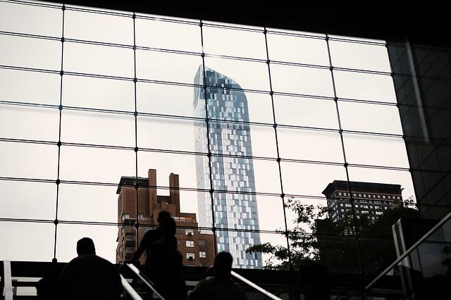 window-498425_640