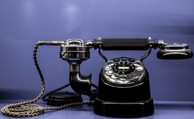 phone-735062_640