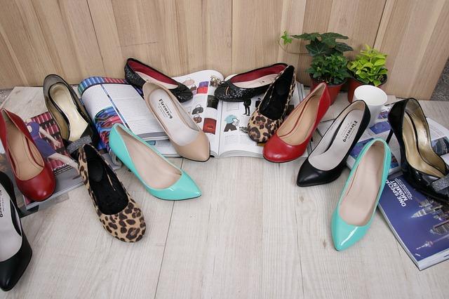 high-heels-606305_640